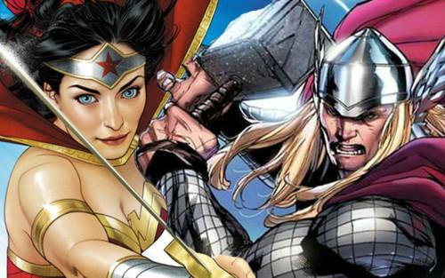 Thor giúp đỡ Wonder Woman chiến đấu với phiên bản xấu xa của mình