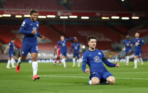 Chelsea hạ gục Liverpool trong trận cầu '6 điểm'