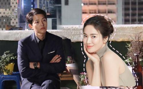 Song Hye Kyo khoe làn da trắng nõn nà, Song Joong Ki trầm tư trong đêm muộn!