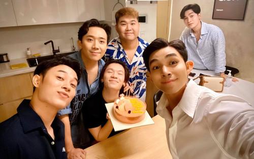 Jun Phạm gửi lời chúc mừng sinh nhật 'không đụng hàng' đến bạn thân Quang Trung