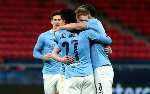 Man City chạm mốc 100 bàn, tiến sát kỷ lục của MU