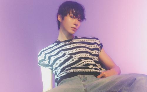 10 lý do khiến 'mọt phim' mê mệt Hwang In Yeop: Đẹp trai, tay đua thứ thiệt hay giọng hát?