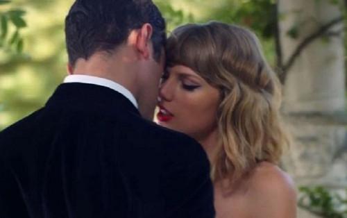 Sau 6 năm, chàng trai này vẫn một lòng một dạ với Taylor Swift