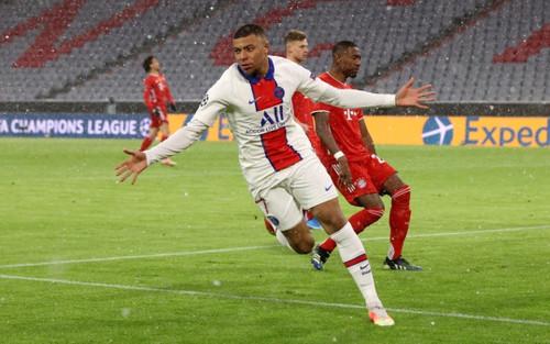 Mbappe đi vào lịch sử Champions League, Bayern Munich nguy cơ thành cựu vương
