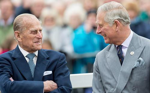 Xúc động lời nhắn nhủ cuối cùng của Hoàng thân Philip với con trai trước khi nhắm mắt xuôi tay