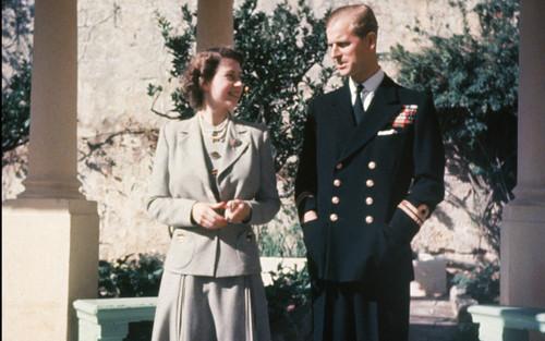 Căn nhà đầy kỉ niệm của Nữ hoàng và Hoàng thân Philip khi mới cưới