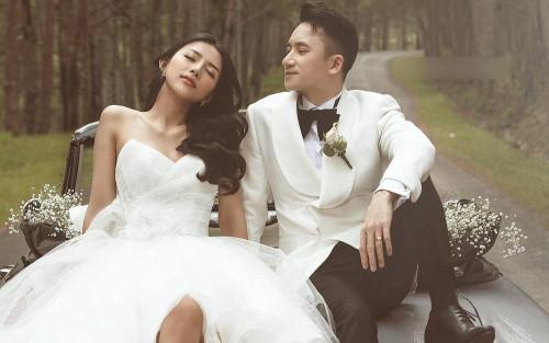 Sau bộ ảnh thiếu thẩm mỹ, Phan Mạnh Quỳnh và vợ tung bộ ảnh cưới đẹp như cổ tích giữa Đà Lạt mộng mơ