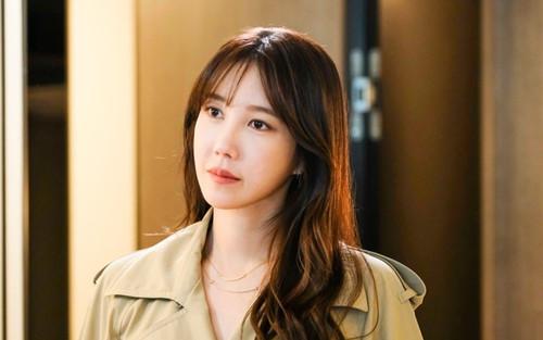 Lee Ji Ah 'Penthouse' gây chấn động cả thế giới: Hẹn hò Jung Woo Sung và bí mật kết hôn với Seo Taiji
