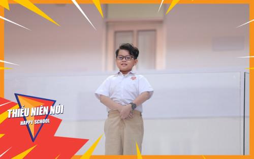 Cậu bé tiểu học đong đầy niềm tự hào về 'người ba siêu nhân' trên bục dũng khí của Thiếu Niên Nói 2021