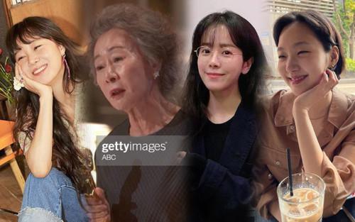 Hàng loạt sao Hàn chúc mừng 'bà ngoại quốc dân' Youn Yuh Jung thắng Oscar 2021!