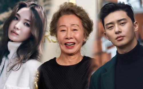 Park Seo Joon - Song Hye Kyo và Tổng thống Hàn Quốc chúc mừng Youn Yuh Jung thắng Oscar!