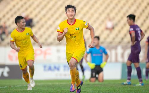 SLNA lâm nguy ở V.League 2021: Cứu đội bóng xứ Nghệ bằng cách nào?