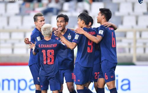 Hai tuyển thủ Thái Lan nhiễm Covid-19