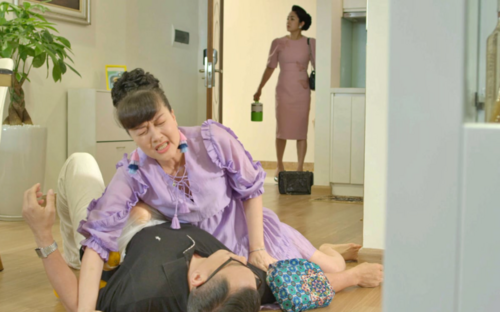 Tập 34 'Hướng dương ngược nắng': NSND Thu Hà được Hồng Diễm - Quỳnh Kool tích cực se duyên với chú Quân