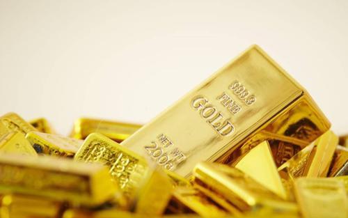 Giá vàng hôm nay 18/5: Vàng tăng dựng đứng trong khi Bitcoin lao dốc