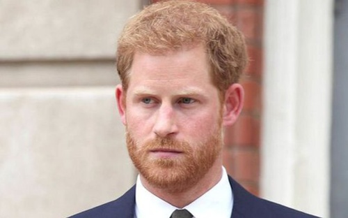 Harry gọi quãng thời gian ở hoàng gia là 'cơn ác mộng', từng được người thân khuyên 'chấp nhận cuộc chơi'