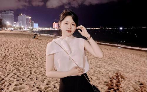 Hết hôn tóc rồi lại quay clip, Huỳnh Anh vẫn khẳng định 'chỉ là bạn' hot TikToker