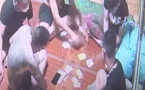 Bắc Ninh: Xử phạt 205 triệu đồng với nhóm tụ tập đánh bạc, ăn nhậu ở quán game