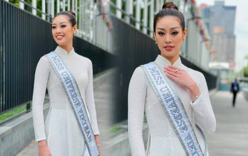 Top 21 Miss Universe - Khánh Vân thả dáng kiêu sa, tỏa sáng rực rỡ với áo dài truyền thống ở trời Tây
