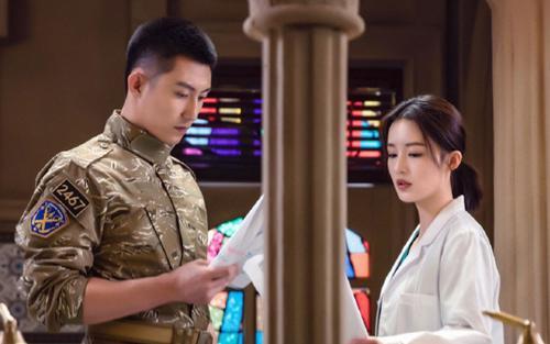 Douban 'Quân trang thân yêu': Làm ơn đừng sỉ nhục hình tượng quân nhân và bác sĩ nữa