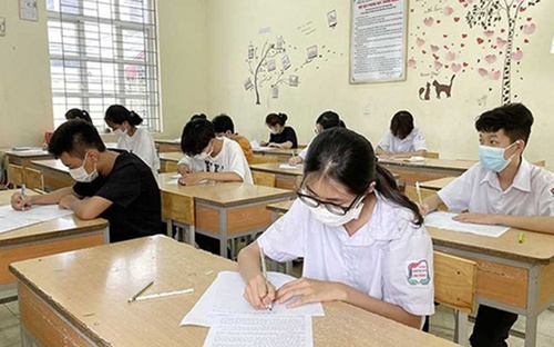 Đề thi chuyên Văn hỏi học sinh 'nếu phải ở trong nước sôi...' gây tranh cãi trái chiều
