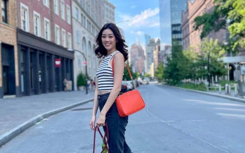 Hoa hậu Khánh Vân ăn mặc trẻ trung dạo chơi ngày cuối cùng ở Mỹ: 'Sẽ nhớ nhiều lắm - New York'