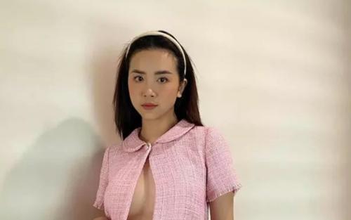 Tập tành 'thả rông' chụp ảnh, Á hậu Thúy An bị fan chê phô phang, thiếu tinh tế