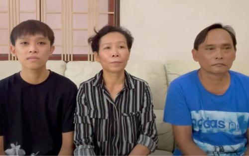 Clip chính thức: Bố mẹ Hồ Văn Cường khẳng định không muốn về quê ở và không bị bóc lột như tin đồn