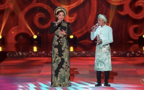 Bầu show hải ngoại hé lộ 'con người thật' của Phi Nhung trong chuyến lưu diễn cùng Hồ Văn Cường