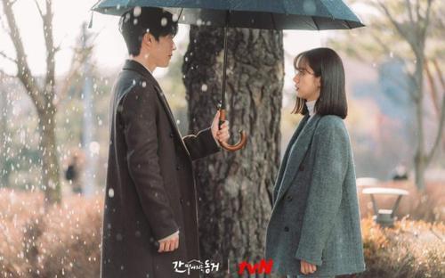 'Bạn cùng phòng của tôi là Gumiho' tập 8: Kang Ji Yong bất chấp liêm sỉ đi 'cua lại' Lee Hyeri