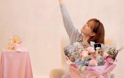 Trấn Thành tự tay trang trí sinh nhật cho Hari Won: Đơn giản nhưng cực ấm áp