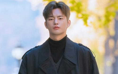 'Kẻ hủy diệt' Seo In Guk trở lại với bản OST ngọt ngào sau 3 năm vắng bóng