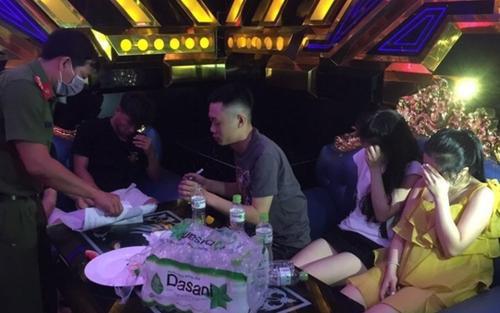 29 học sinh, sinh viên 'phê' ma túy lúc rạng sáng trong phòng karaoke