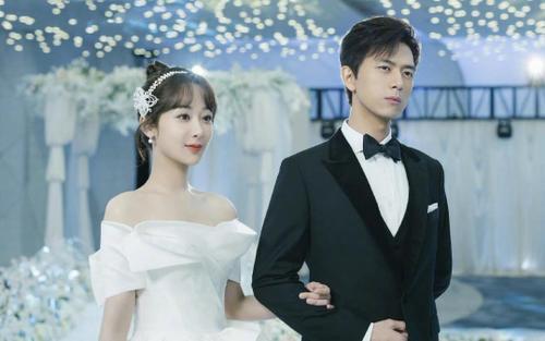 Từng là tình nhân màn ảnh, nay Dương Tử - Lý Hiện đối đầu nhau trực tiếp trong mùa hè năm nay!