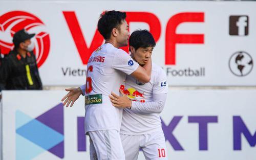 Đá tập trung V.League 2021 tại Gia Lai, tại sao không?
