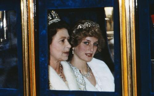 Sau cuộc phỏng vấn với BBC, Công nương Diana tức giận khi nhận được 'tâm thư' từ Nữ hoàng