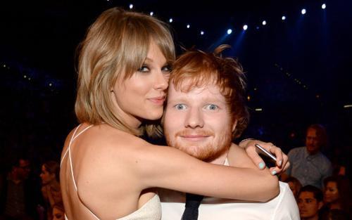 Taylor Swift kết hợp với Ed Sheeran, fan đoán 'chắc là siêu phẩm rồi đây'