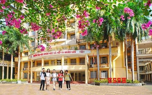 Trường chuyên đầu tiên ở Hà Nội hạ điểm chuẩn vào 10 năm 2021