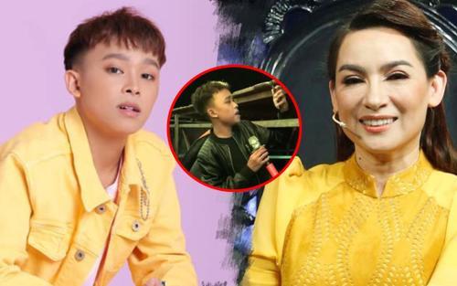 Lùm xùm vừa bớt ầm ĩ, dân tình lại truyền tay clip Hồ Văn Cường 'chui' gầm sân khấu hát bè cho Phi Nhung