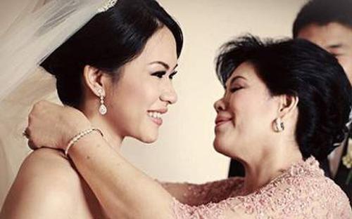 Mẹ chồng tặng 180 triệu trong ngày cưới, con dâu đi rút tiền mới 'ngã ngửa' khi biết sự thật