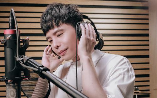 Trịnh Thăng Bình 'than thở' mùa dịch, mong khán giả hiểu nỗi vất vả của nghệ sĩ