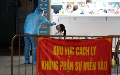 Hà Nội: Phong toả chợ thuốc lớn tại phố Láng Hạ do liên quan ca Covid-19