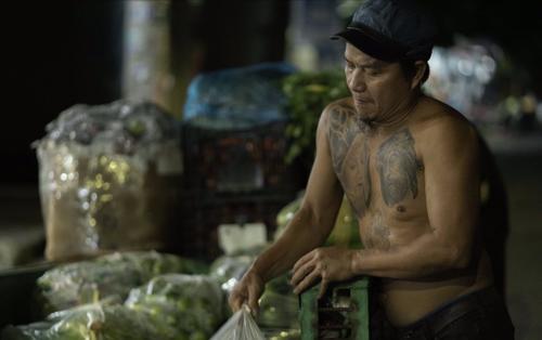 Anh bán rau Minh Râu từ chối nhận tiền ủng hộ: 'Hãy giúp đỡ người xung quanh bạn nhé'