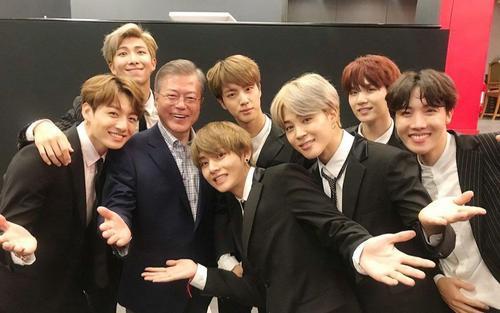 BTS trở thành đặc phái viên cho Tổng thống Hàn Quốc Moon Jae In
