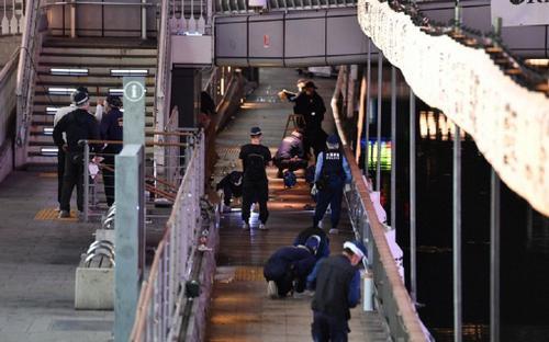 Nhân chứng vụ nam thanh niên bị dìm sông tử vong: 'Một người đàn ông Nhật Bản đẩy anh ấy xuống'
