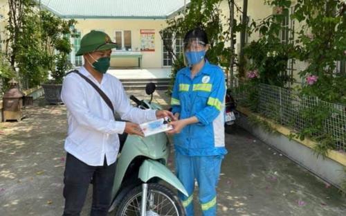 Nữ lao công bị cướp được tặng 4 xe máy và hành động sau đó khiến nhiều người bất ngờ