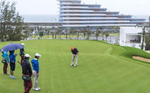 Giám đốc sở, cục phó và 2 đại gia thành F1 do chơi golf giữa mùa dịch, lãnh đạo tỉnh Bình Định nói gì?