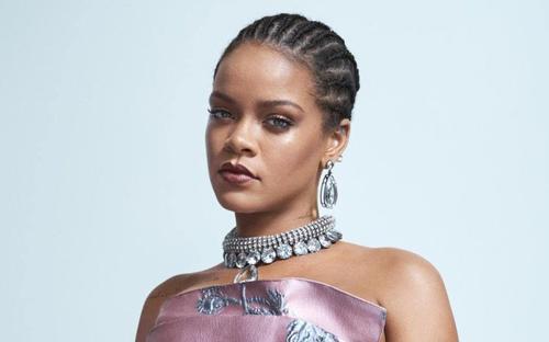 Rihanna trở thành tỷ phú với khối tài sản 1.7 tỷ USD, fan năn nỉ 'ra album đi, đừng kinh doanh nữa'