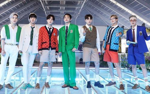 Gia tài nửa tỉ view của BTS chiêu mộ thành viên mới: Butter hay Permission To Dance về đích trước?