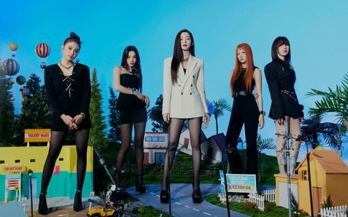 Red Velvet bùng nổ nhan sắc trong bộ ảnh mới, nổi bật nhất vẫn là Irene